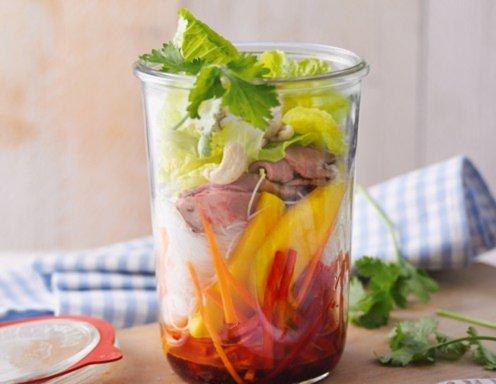 thai salat mit mango und roastbeef rezept. Black Bedroom Furniture Sets. Home Design Ideas