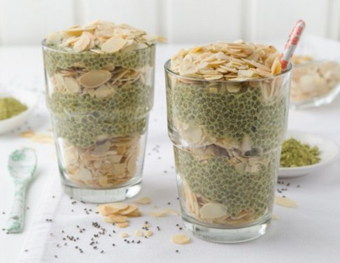 matcha chia pudding mit mandeln rezept. Black Bedroom Furniture Sets. Home Design Ideas