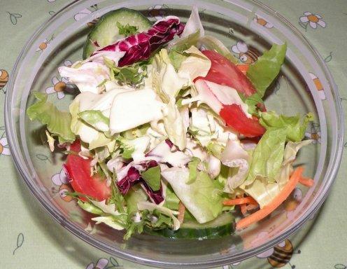Gemischter Salat Mit Joghurtdressing