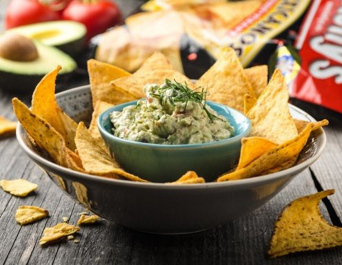 Tortilla-Chips mit Avocado-Dip Rezept