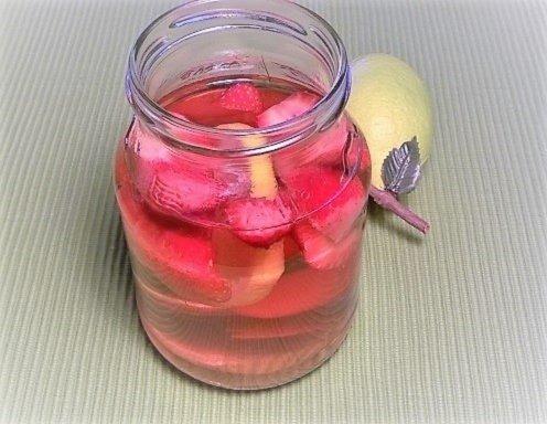 Detox Erdbeer Zitronenwasser Rezept Ichkoche At
