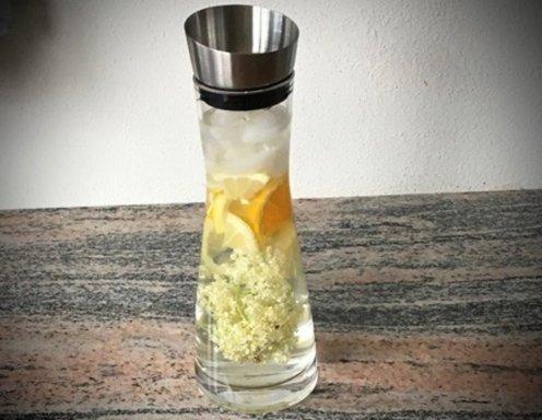 Detox Wasser Mit Holunderbluten Und Zitrusfruchten Rezept