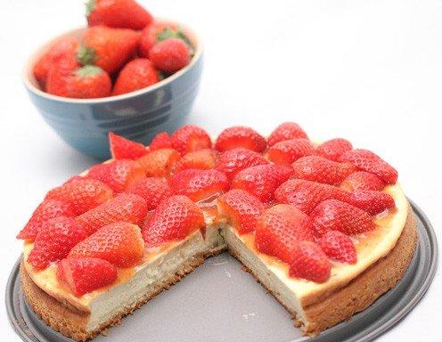cheesecake mit erdbeeren rezept. Black Bedroom Furniture Sets. Home Design Ideas