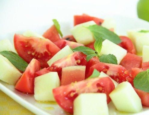 tomaten melonen salat rezept. Black Bedroom Furniture Sets. Home Design Ideas