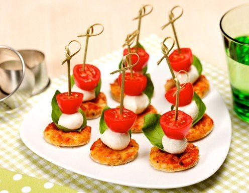 "Mini-Pizze ""Tricolore"" Rezept"