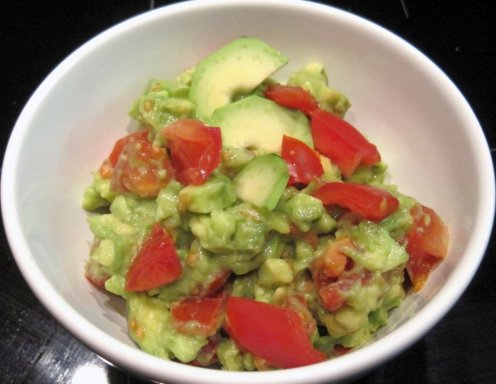 avocado tomaten salat rezept. Black Bedroom Furniture Sets. Home Design Ideas