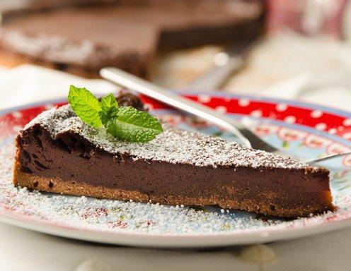 schokoladen tarte mit marillenmarmelade rezept. Black Bedroom Furniture Sets. Home Design Ideas