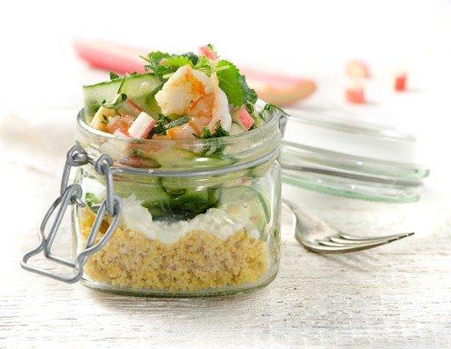 mozzarella gurken couscous salat im glas salat to go rezept. Black Bedroom Furniture Sets. Home Design Ideas
