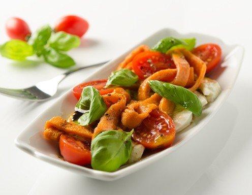 http://images.ichkoche.at/data/image/variations/496x384/4/rezept-fuer-palatschinken-mit-mozzarella-und-tomaten-img-36239.jpg