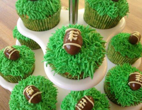 american football cupcakes rezept. Black Bedroom Furniture Sets. Home Design Ideas