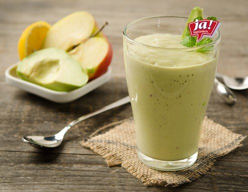 Buttermilch-Avocado-Apfel-Smoothie Rezept