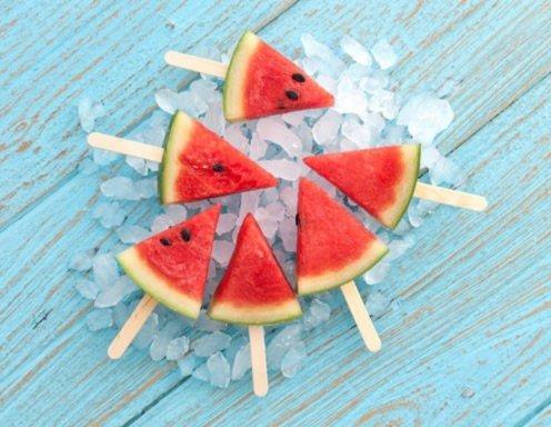 Eiskalte Wassermelone Am Stiel Rezept Ichkoche At