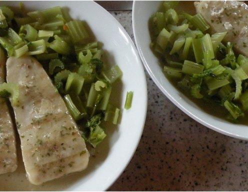 Stangensellerie Gemüse Rezept Ichkocheat