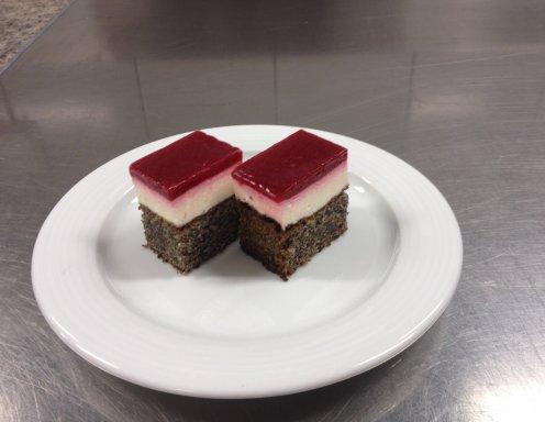 Mohnkuchen mit himbeerspiegel beliebte rezepte f r for Kuchendeko foto