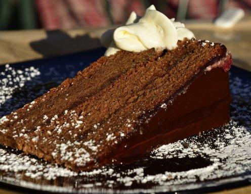 schokolade nuss torte rezept. Black Bedroom Furniture Sets. Home Design Ideas