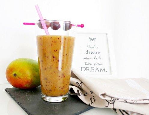 mango trauben smoothie rezept. Black Bedroom Furniture Sets. Home Design Ideas
