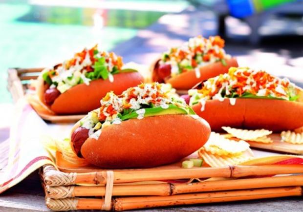 kalifornische hot dogs rezept. Black Bedroom Furniture Sets. Home Design Ideas
