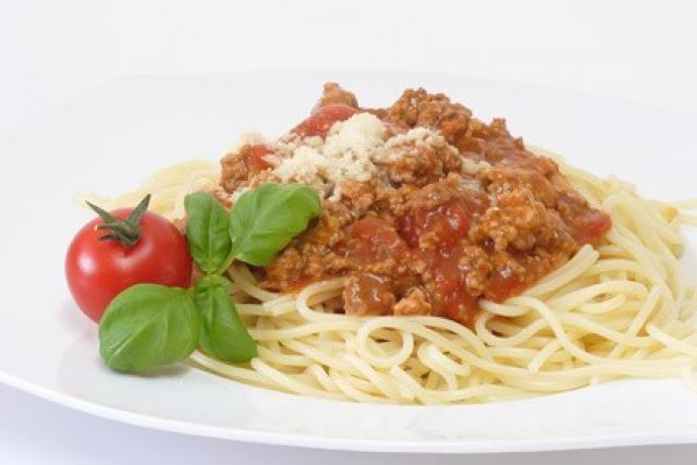 spaghetti alla bolognese rezept. Black Bedroom Furniture Sets. Home Design Ideas