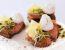 Lososovi kruhki s poširanim prepeličjim jajcem