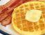 Slani vaflji z olivami in feferoni ter hrustljavo slanino