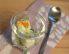 Mehka prepeličja jajca v kozarcu