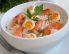 Kedgeree z dimljenim lososom in prepeličjimi jajci