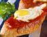 Paradižnikovi kruhki s prepeličjim jajcem na oko