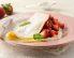 Palačinke z jagodami in kislo smetano