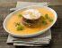 Pirin kolač z oreščki v hladni melonini juhi